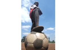 football_shootback